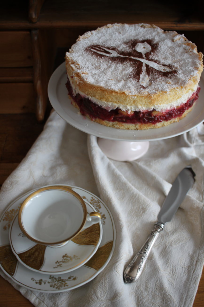 Pflaumen-Tiramisu-Torte