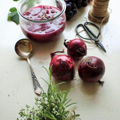 Titelbild Weintrauben-Zwiebel-Chutney