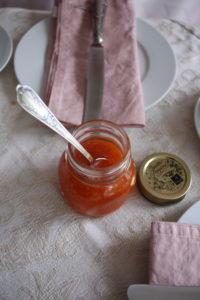 Aprikosen-Kirsch-Fruchtaufstrich