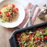 Ofen Spaghetti mit Gemüse
