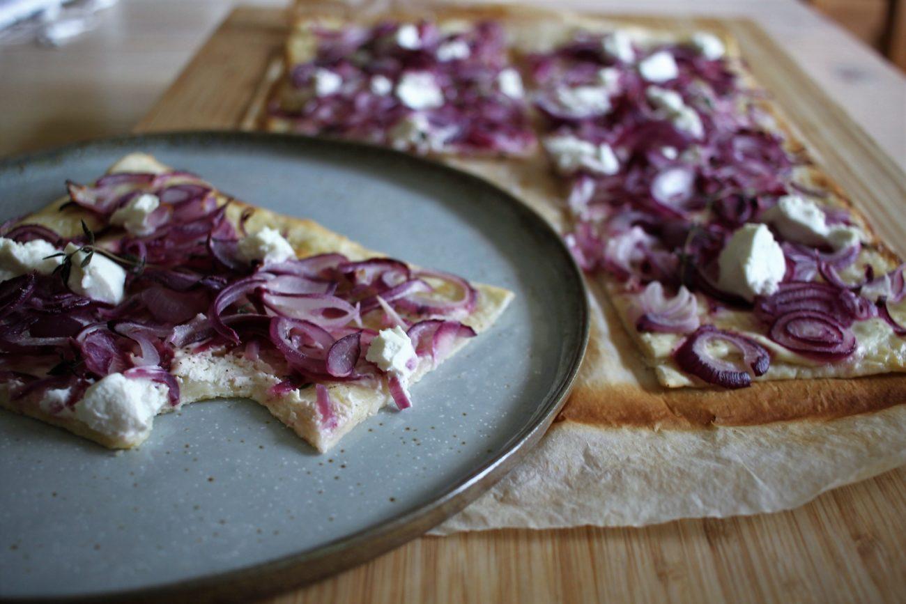 Zwiebel-Flammkuchen | schnelle Feierabendküche