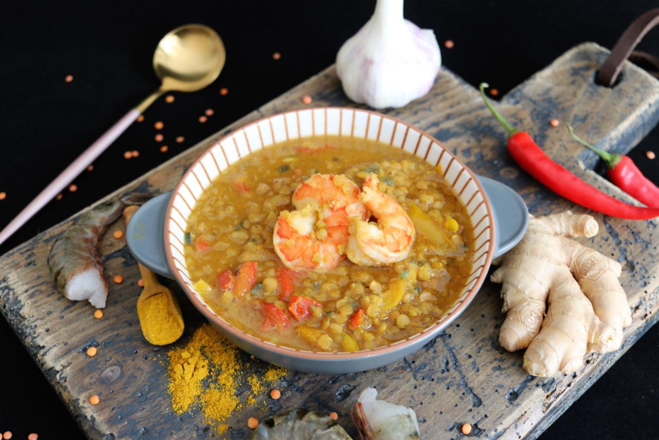 Garnelen-Curry mit roten Linsen und Paprika